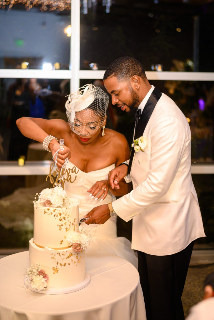 feeding groom the cake maryland wedding planner statuesque events