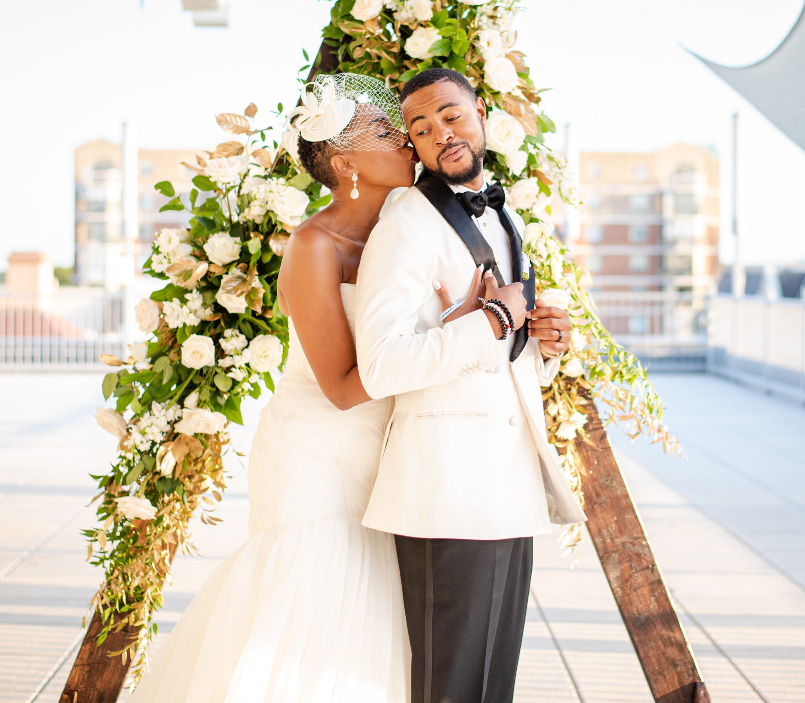 triangle wedding arch maryland wedding planner statuesque events